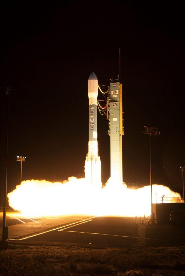 Start rakety Delta II