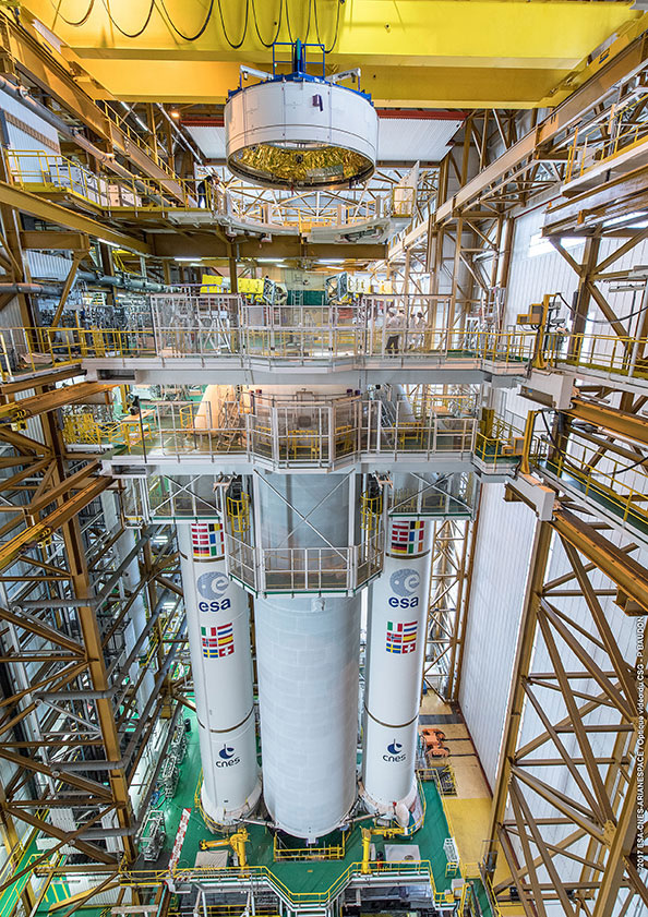 Sestavování rakety Ariane 5 pro družice Galileo 19 - 22.