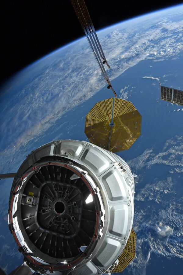 Cgnus oddělený od ISS