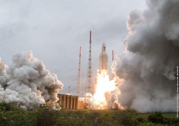 Ariane 5 startuje a vynáší další čtyři exempláře Galilea