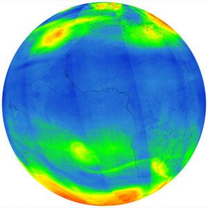 Koncentrace ozonu v atmosféře pohledem sondy Sentinel 5P. Zatímco ve vyšších vrstvách je ozon nezbytný, protože nás chrání před kosmickým zářením, přízemní ozon je nebezpečný, protože je velmi reaktivní.