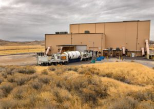 Přeprava posledního, desátého palivového segmentu pro vzletové stupně SRB kuskladnění vPromontory, 20. listopadu