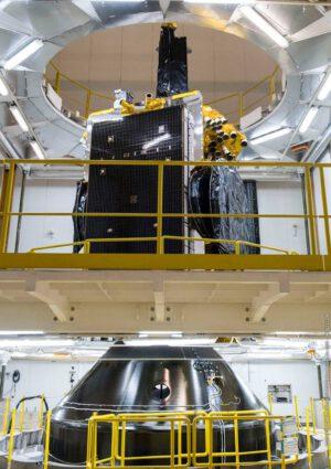 Usazení družice SES 14 na černý adaptér Sylda