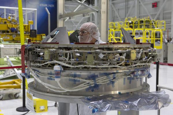 Dokovací systém NDS (NASA Docking System) určený pro Starliner Spacecraft-2, 30.10.2017