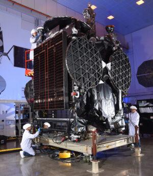 Příprava družice SES-16/GovSat1