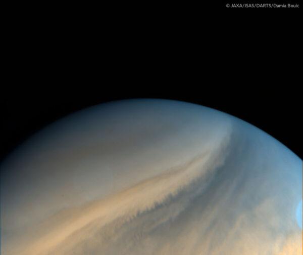 Pohled na Venušin jižní pól.