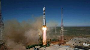 Sojuz2-1A vynáší družici Bion M-1 a s ní i sekundární družice - mezi nimi i Dove-2.