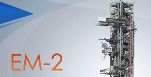 Mise EM-2 má letět na modernizované verzi rakety SLS Block 1B. Ta ale vyžaduje jiné rozložení obslužných ramen než základní Block 1.