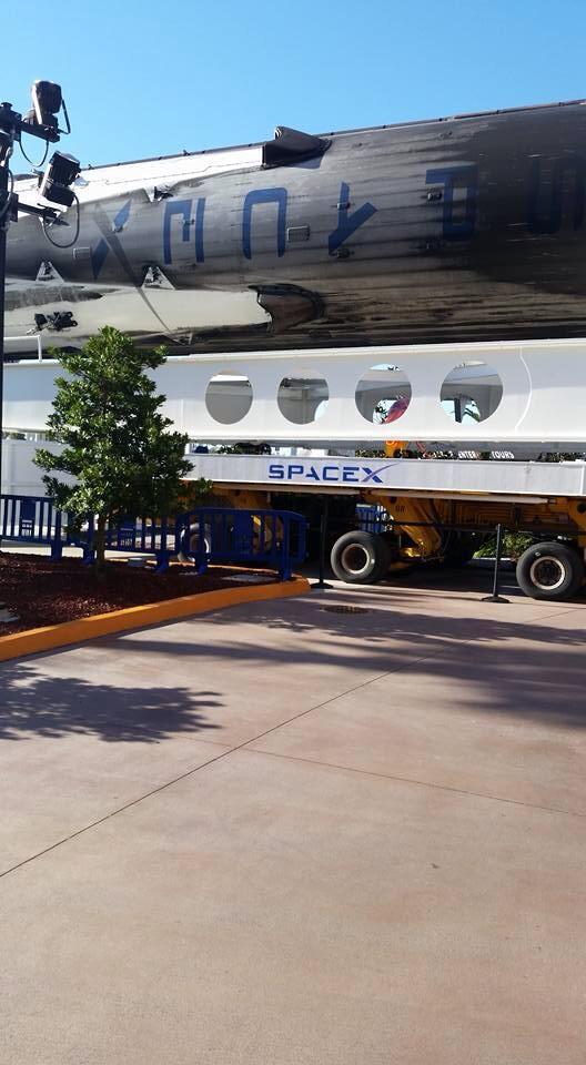 Transportér OTS nyní patří SpaceX.