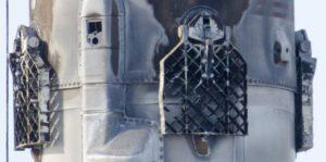 Výrazně poškozená roštová kormidla Falconu 9 z mise BulgariaSat 1.