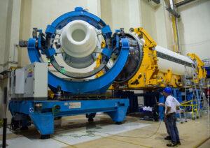 Připojování trysky k testovacímu exempláři motoru P120C