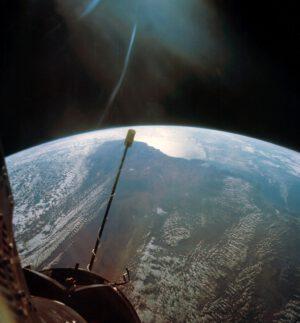 Pohled na západní Austrálii z výšky přes 1 300 km