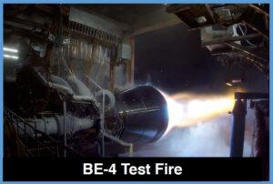 Motor BE-4 při testovacím zážehu