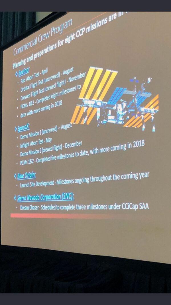 Slajd, který dnes prezentoval Bob Cabana obsahuje velmi zajímavé termíny související s pilotovanými soukromými loděmi.