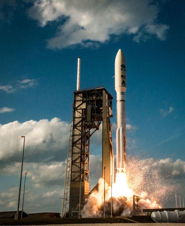 Použitá konfigurace 541 je druhou nejsilnější verzí, jaká je momentálně pro Atlasy V dostupná.
