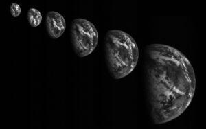 Snímky Země pořízené během přiblížení sondy Hayabusa 2 k Zemi.
