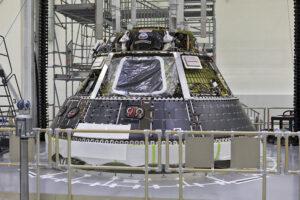 Modul pro posádku Orionu, únor