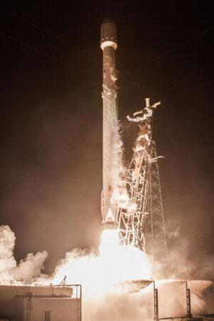 Start Falconu 9 na misi Zuma.
