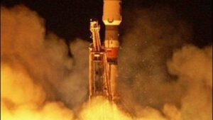 Start sondy Mars Express pomocí rakety Sojuz