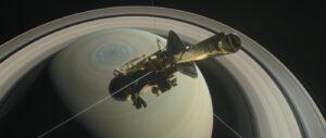 Sonda Cassini nad Saturnem