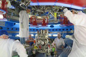V květnu byl do servisního modulu nainstalován hlavní motor, který dříve sloužil jako systém Orbital Manoeuvre System (OMS-E) na amerických raketoplánech a absolvoval 19 misí.<br /> Zdroj: https://scontent.fprg2-1.fna.fbcdn.net/