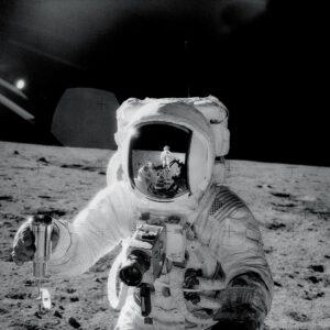 Alan Bean na Měsíci