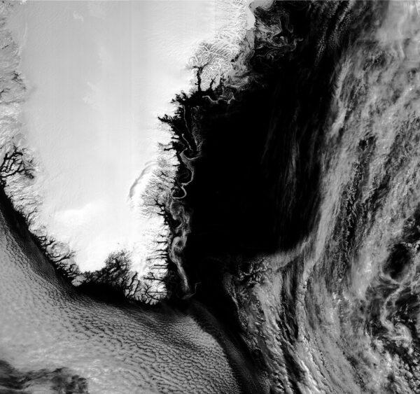 Víření ledových ker u Grónska.