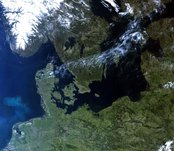 Severní Evropa pohledem Sentinelu 3B.