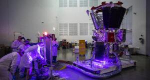 Parker Solar Probe během zkoušek solárních panelů.