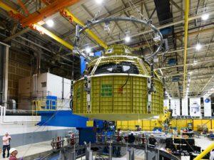 Modul Orionu pro posádku pro pilotovanou misi EM-2, 26. července