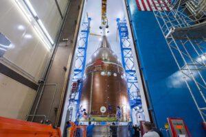Přeprava kvalifikačního exempláře Orionu do akustické komory, červenec