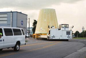 Adaptér LVSA pro Artemis I v Marshallově vesmírném středisku, červen 2018
