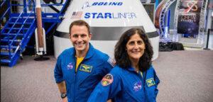 Posádka mise Boeing PCM-1. Josh Cassada a Sunita Williams.