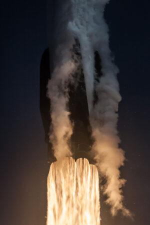 Premiérový start prvního stupně s označením B1046 na misi Bangabandhu-1.