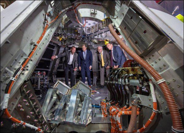 2.8.2018 - Útroby kabiny Orionu pro test AA-2.