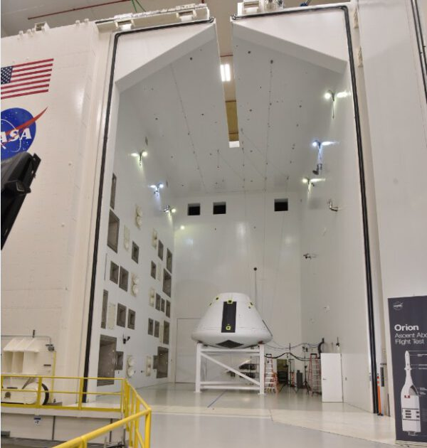 21.8.2018 - Modul Orionu pro AA-2 byl 20. srpna převezen z Johnsonova střediska na stanici Plum Brook v Sandusky v Ohiu, kde podstoupí akustický test.
