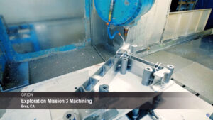 Výroba dílů Orionu pro EM-3 v Brea, Kalifornie