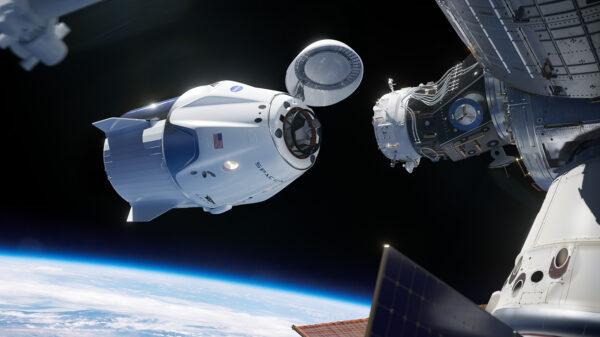 Vizualizace Crew Dragonu u ISS