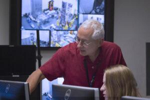 Odborníci sledovali, jak probíhá výměna informací mezi oběma částmi teleskopu.