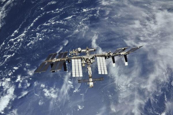 Mezinárodní vesmírná stanice ISS - Místo, kde se učíme, jak žít ve vesmíru.