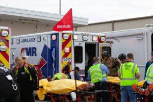 Třídění evakuovaných podle závažnosti jejich zdravotního stavu.