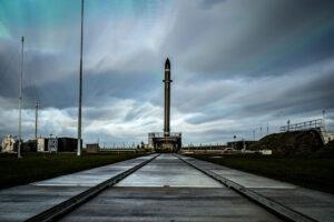 Raketa Electron na rampě LC-1 - snímek vznikl v červnu 2018 před misí It's Business Time.