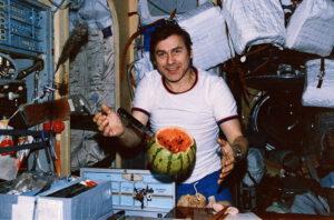 Alexandr Alaxandrov - nečekaný člen stálé expedice