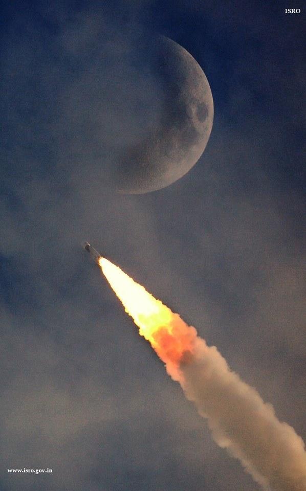 Nejsilnější indická raketa na povedením záběru