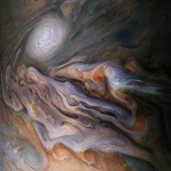 Snímek ze sondy Juno pořízený 29. října 2018.