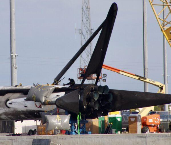 Detailní pohled na práce v přístavu
