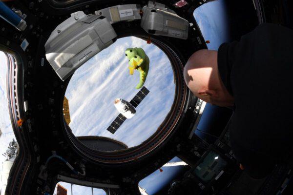 Dva draci u ISS a Alxander Gerst