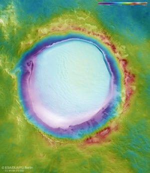 Topografická mapa kráteru Koroljov
