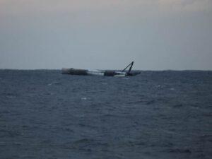 Stupeň B1032, který po experimentálním přistání nečekaně zůstal vcelku.