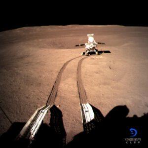 Chang'e 4 a vozítku Yutu na odvrácené straně Měsíce